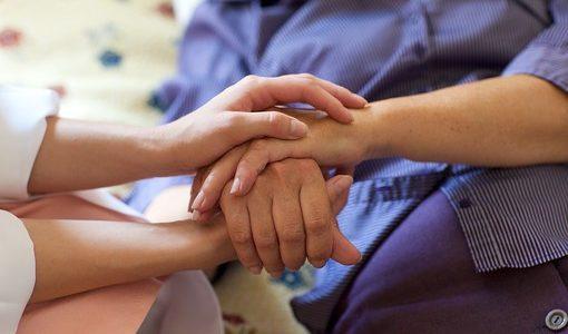 在宅での看取るための看護や家族ケアと意思決定支援のコツ